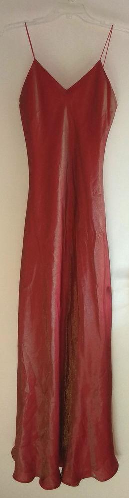 Robe de soirée rouge satinée T.36 10 Saint-Mars-d'Outillé (72)