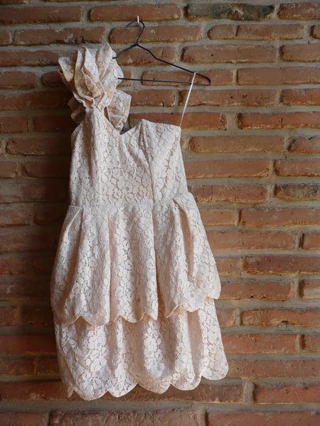 robes de soir e occasion toulouse 31 annonces achat et vente de robes de soir e paruvendu. Black Bedroom Furniture Sets. Home Design Ideas