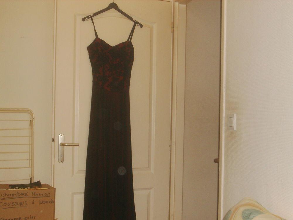 robe de soirée  50 Cousance (39)