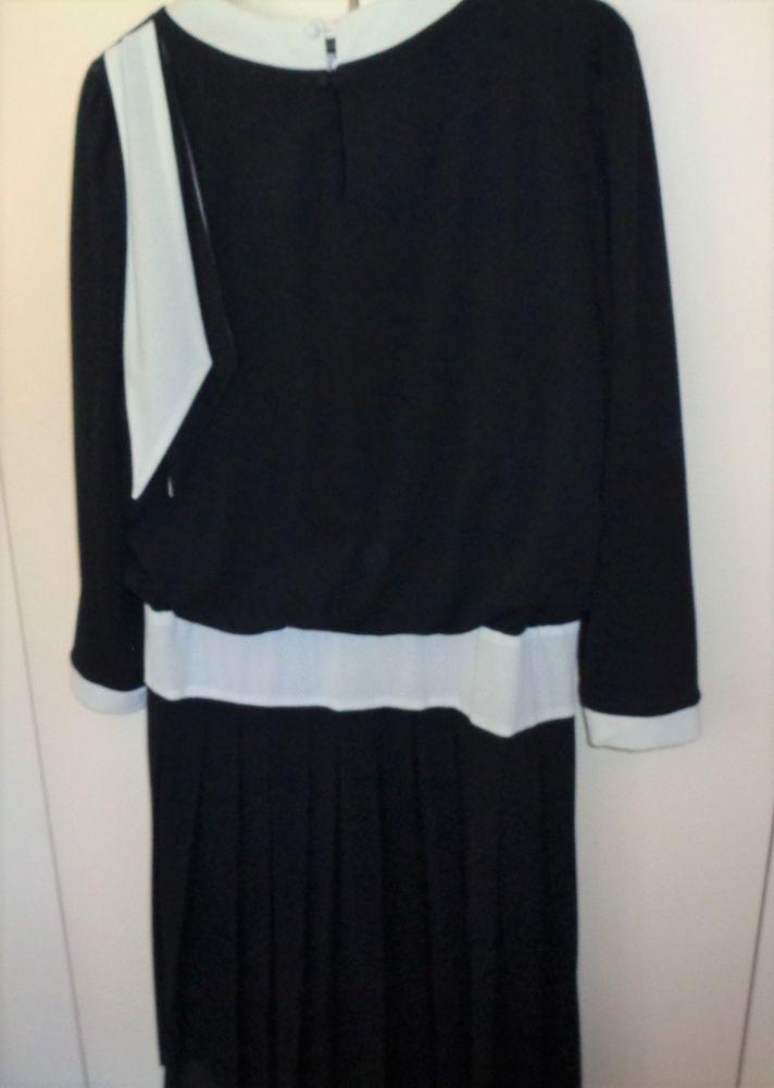 robe super qualité t44 30 Argenteuil (95)