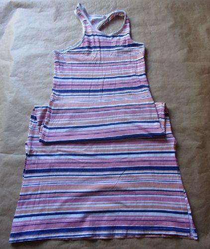 Robe en taille 8-10 ans 2 Montaigu-la-Brisette (50)