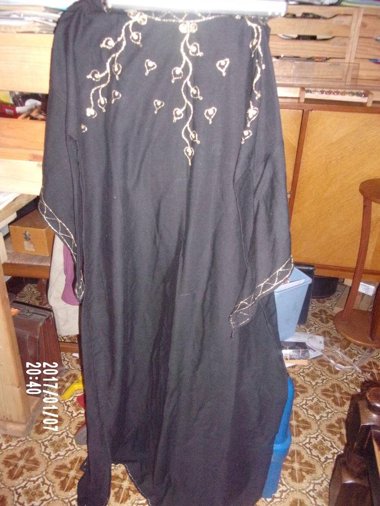 robe tunique longue 18 Fresnes-sur-Escaut (59)
