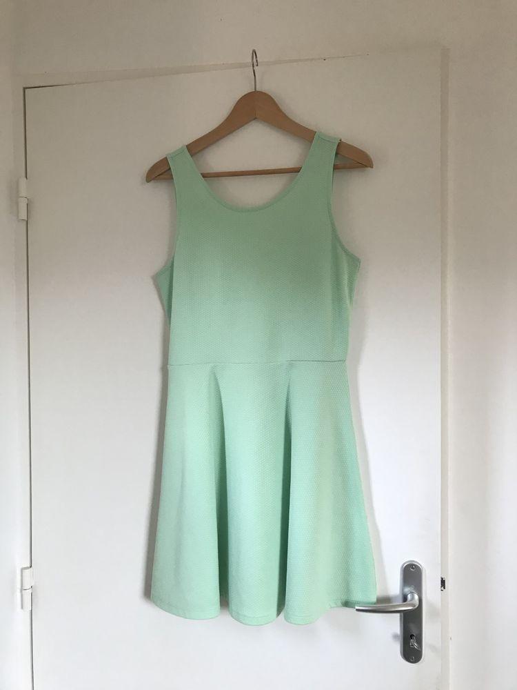 Robe vert d'eau H&M 5 Nantes (44)