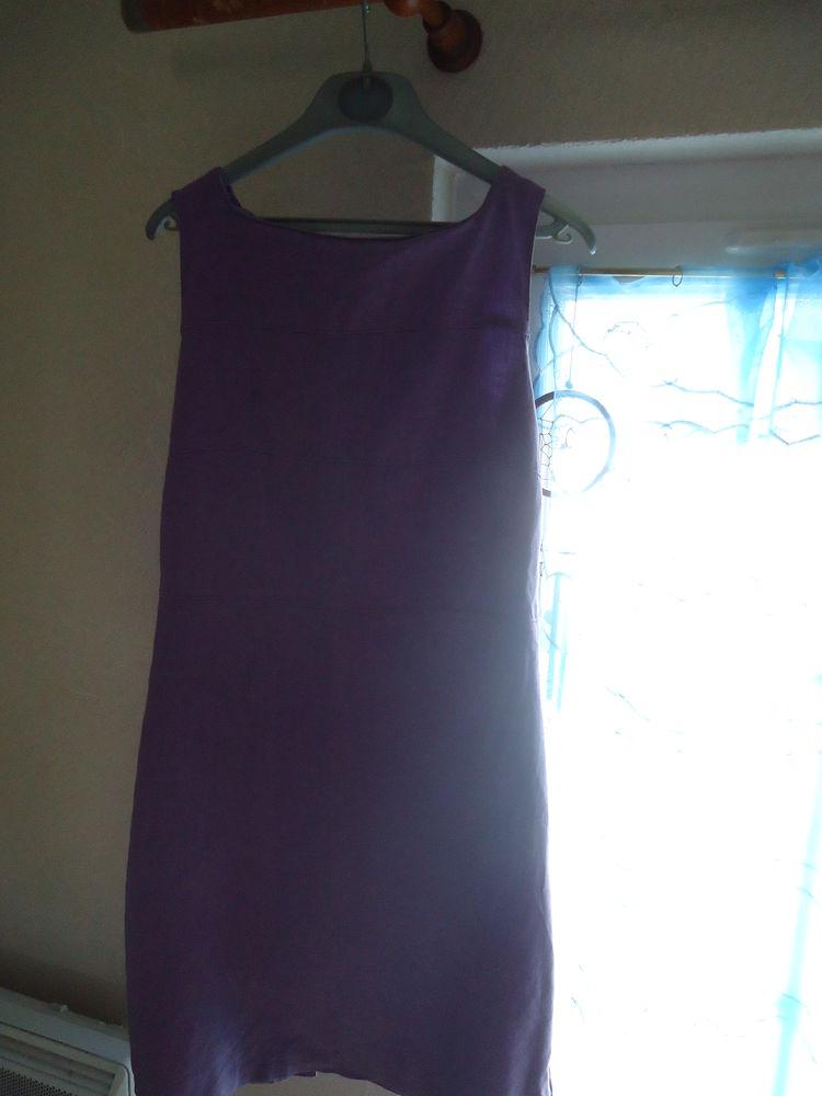 Robe violette 15 Doué-la-Fontaine (49)