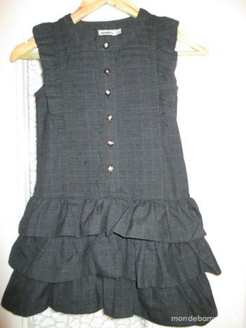8 A robe à volants TAPE A L'OEIL noire 15 Alfortville (94)