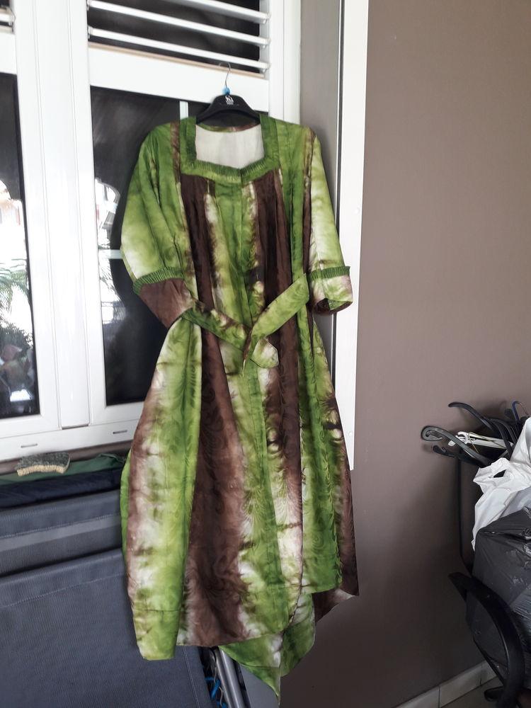 Robe 100 Martinique (97)