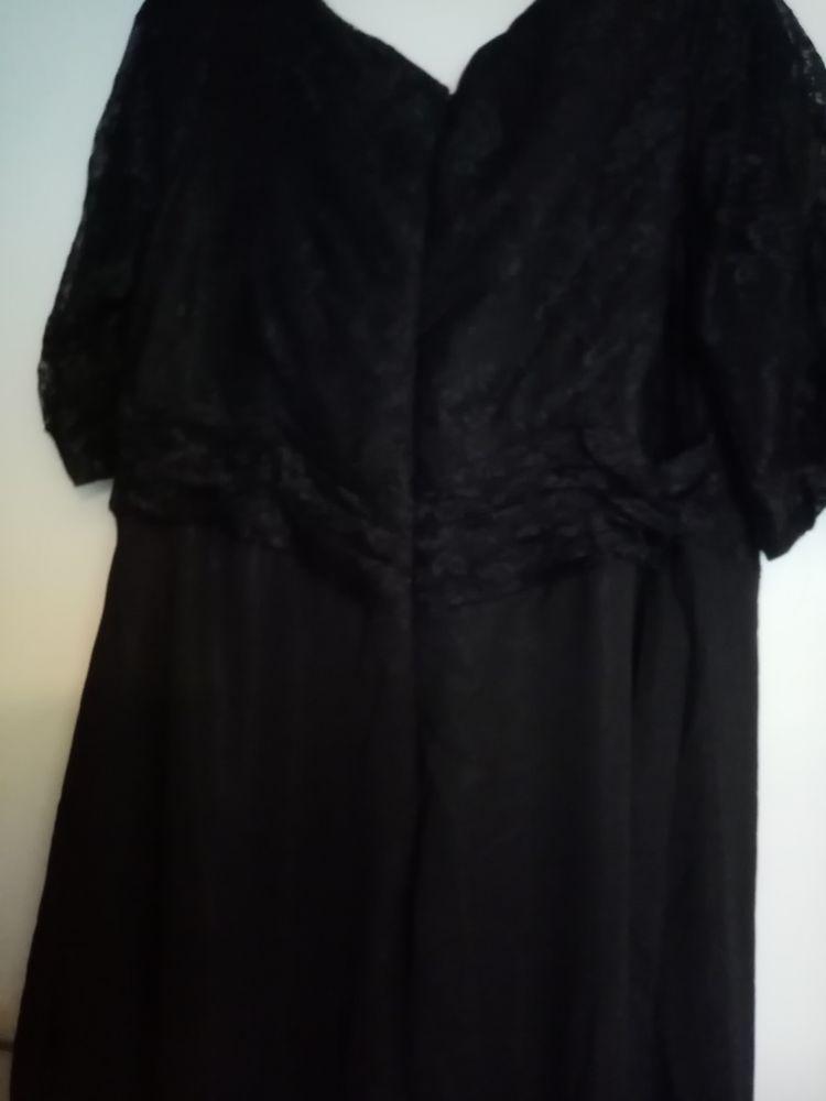 Robe  20 Ambarès-et-Lagrave (33)