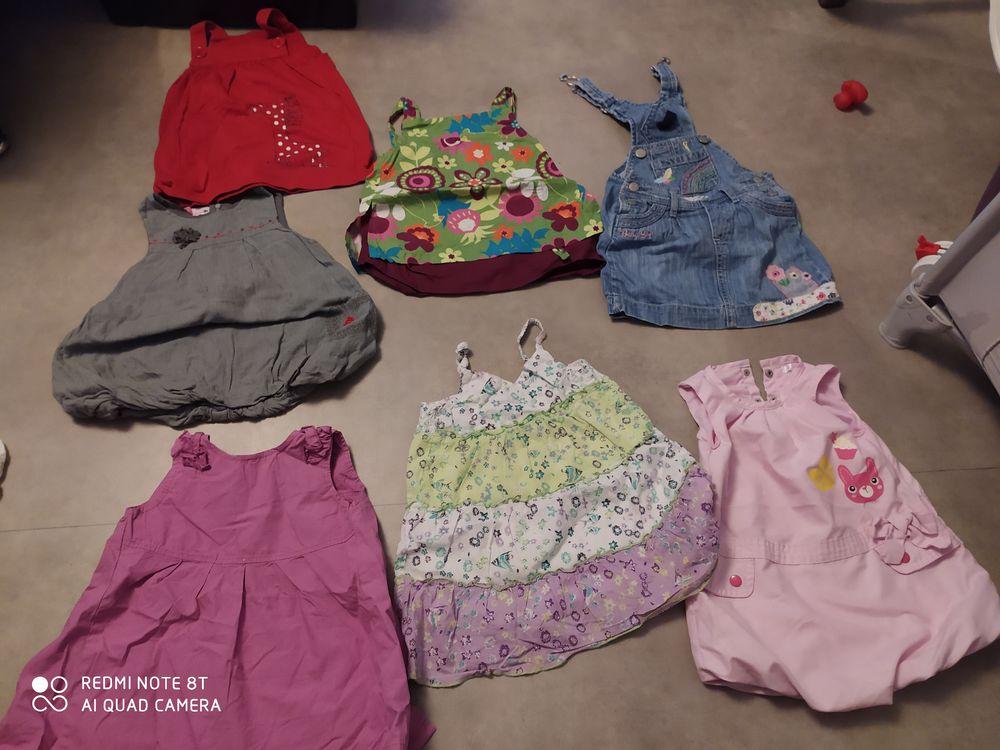 Robes bébés filles 18mois 1 Laneuveville-devant-Nancy (54)