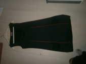 robes femmes - un noire niveau genoux avec liseret rouge 3 Annonay (07)