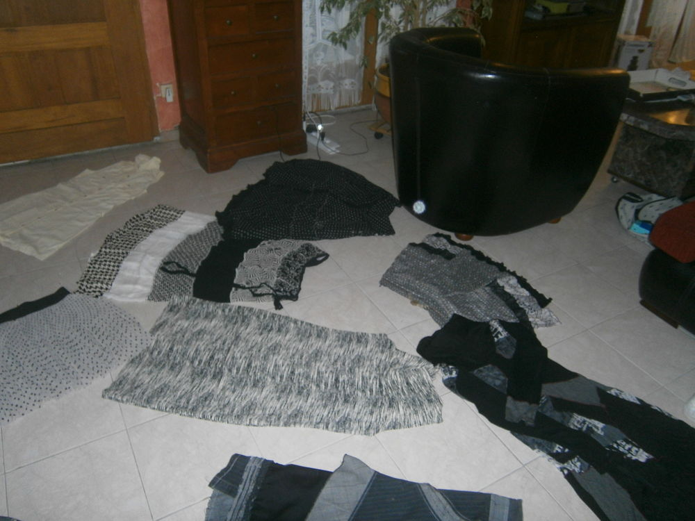 LOT ROBES T38 10 Annonay (07)
