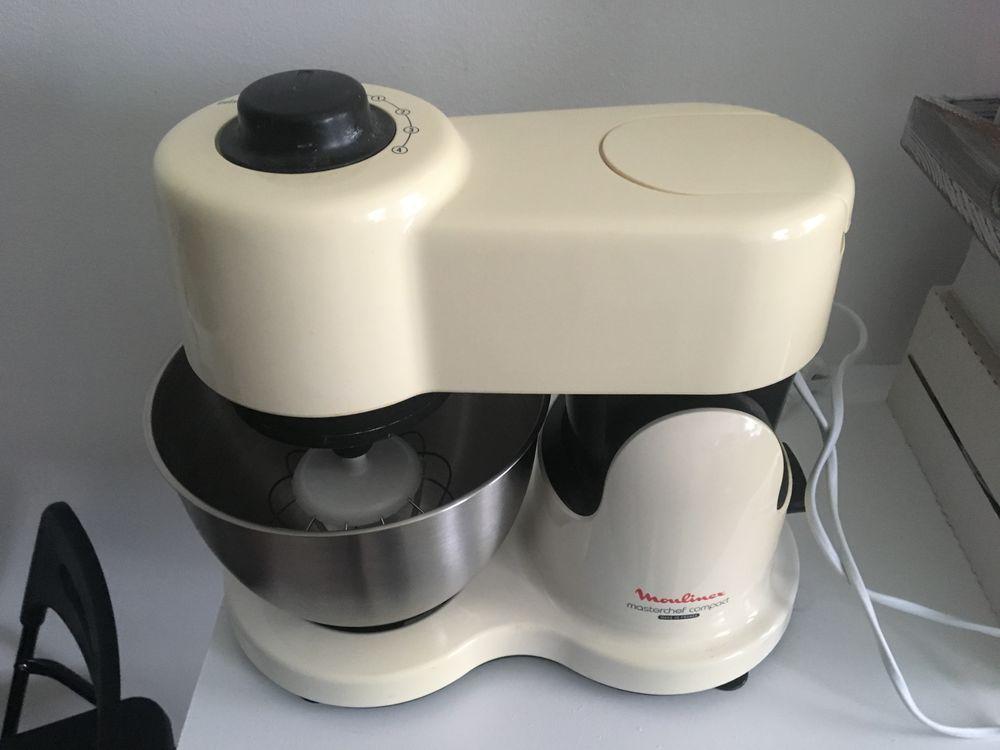 Robot pâtissier Moulinex Masterchef compact modèle QA200 55 Sarcelles (95)