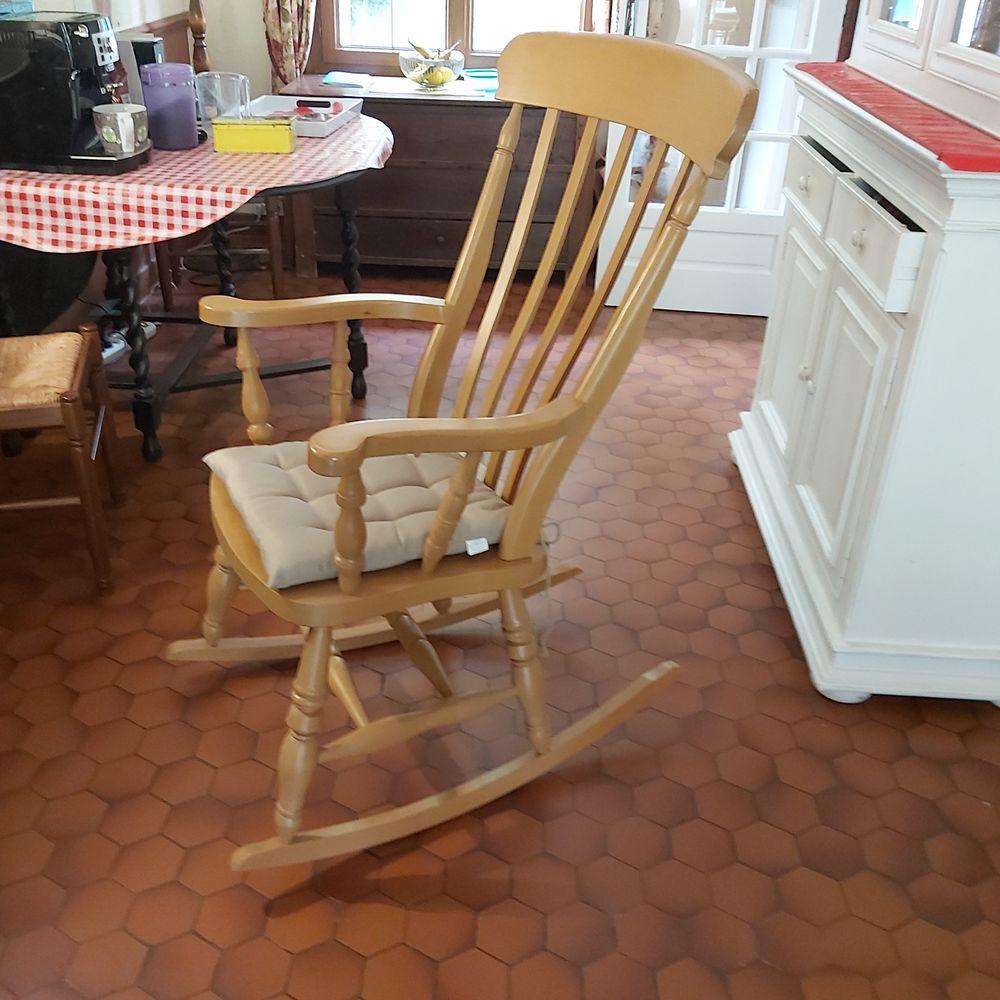 Rocking-chair vintage 100 Les Andelys (27)