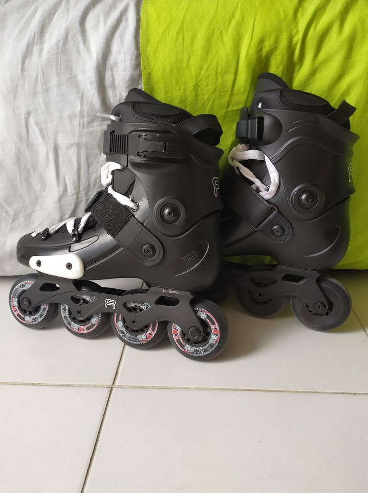 Roller freeskate t40 110 Paris 16 (75)