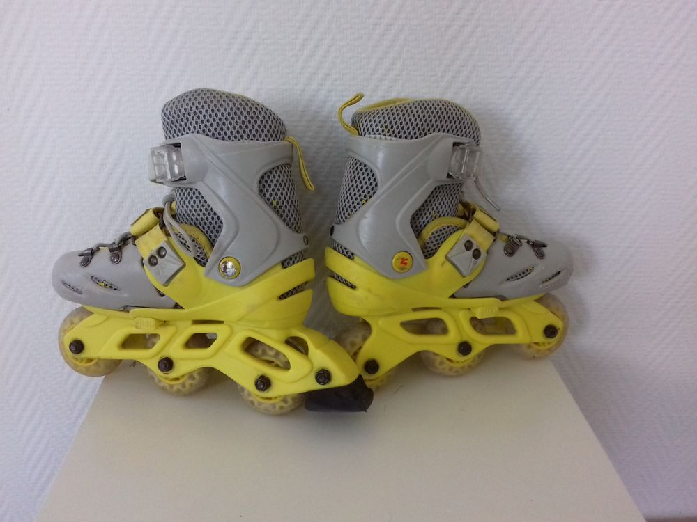 Rollers enfants taille 28-32 12 Malakoff (92)