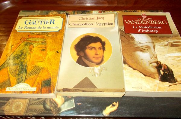 Le roman de la momie théophile gautier (l'unité) 5 Monflanquin (47)