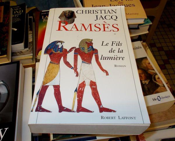 roman ramsès le fils de la lumière christian jacq 10 Monflanquin (47)