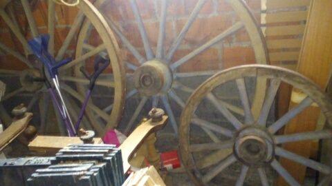 roue de charette 150 Alès (30)