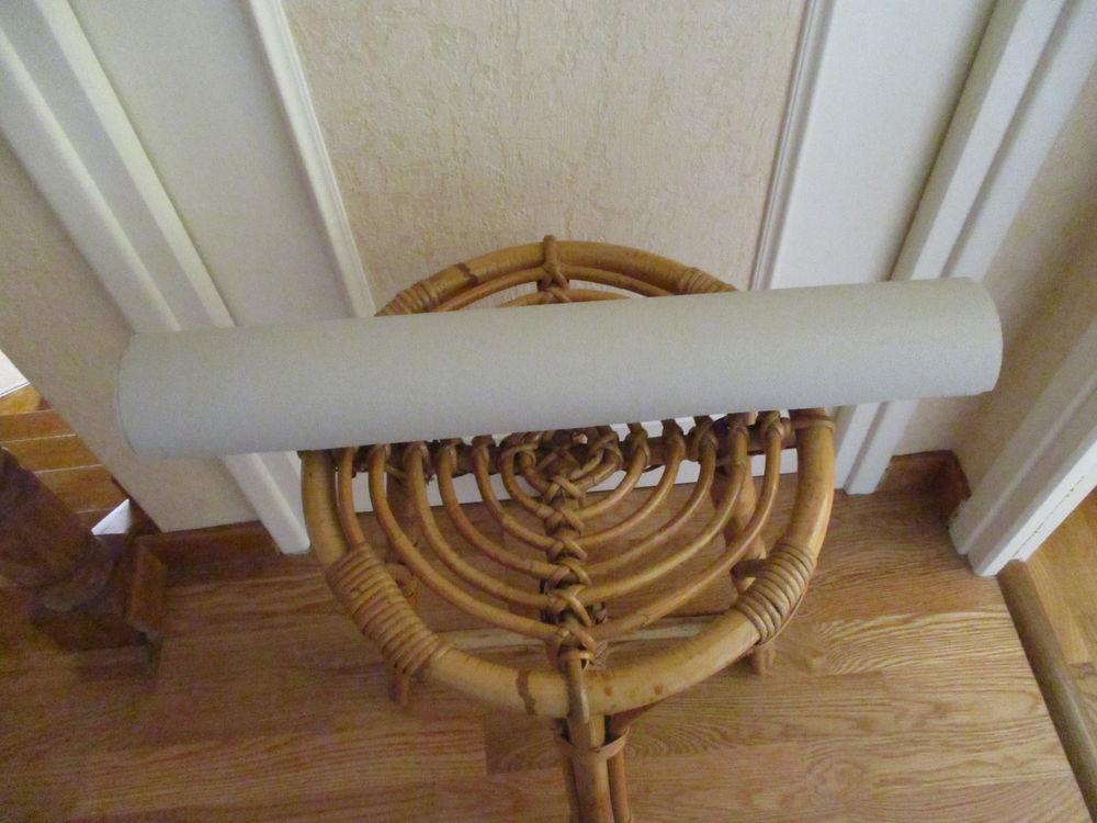 rouleau de tapisserie coloris gris très peu servi 0 Mérignies (59)
