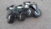 Roulettes Pivotantes avec freins + visses (meuble, chariot) 15 Cadaujac (33)