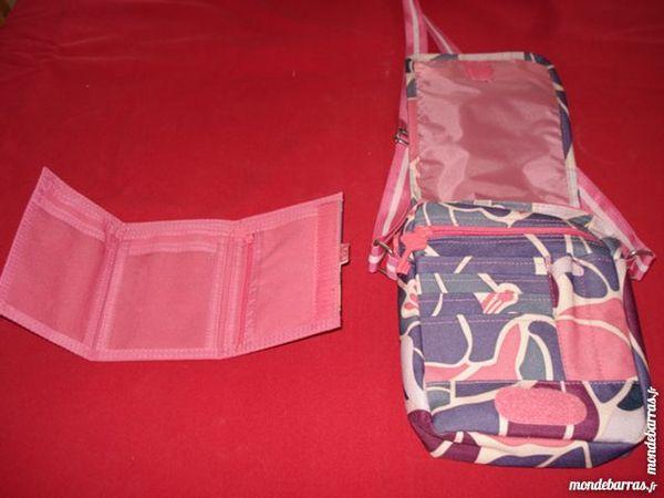 sac roxy et son porte monnaie assorti 10 Montélimar (26)