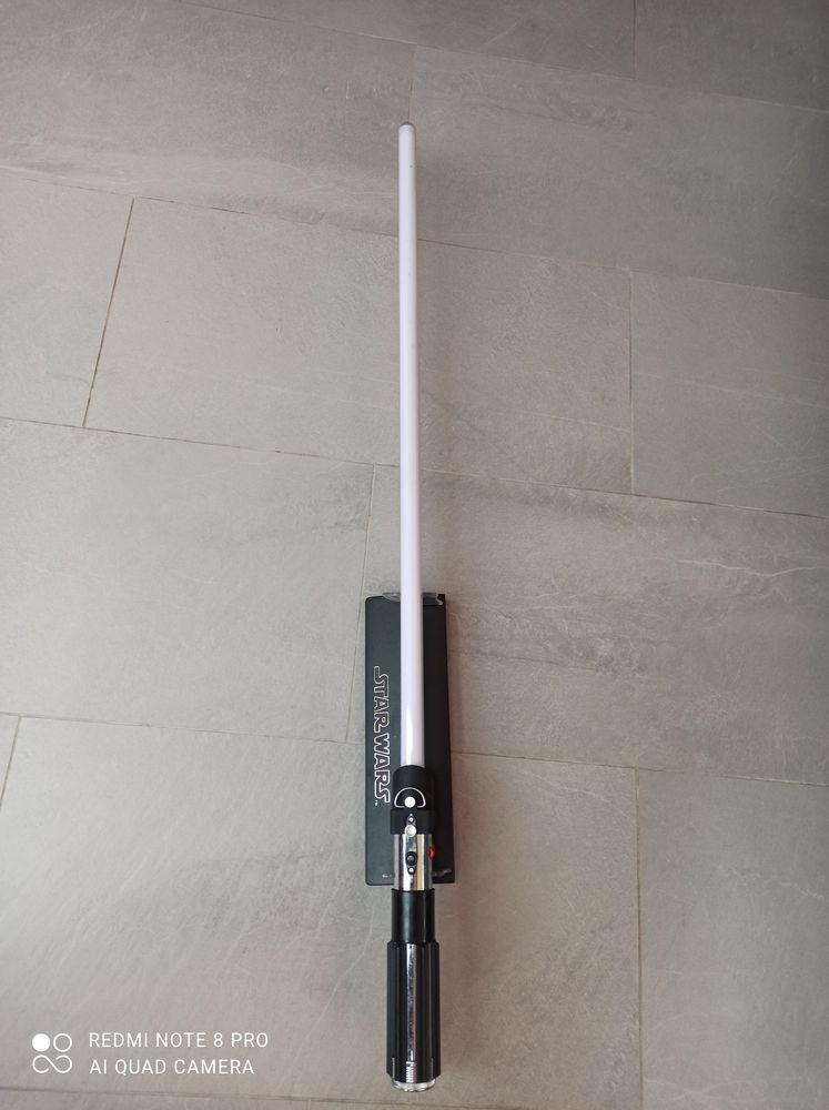 Sabre laser Darth Vader officiel R09 V900 A 0 Chatou (78)