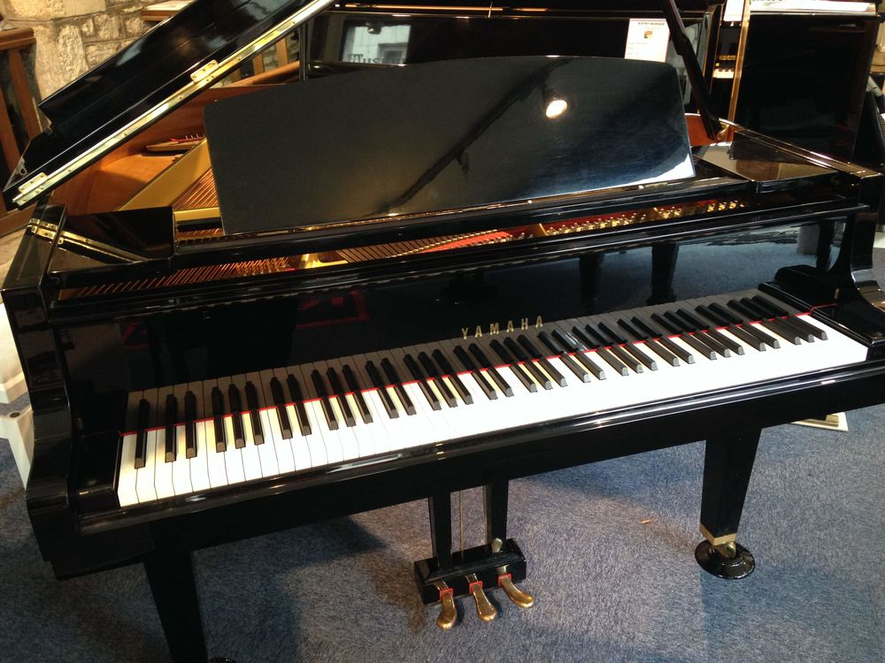 A SAISIR Piano à queue Yamaha GH1 Noir Laqué 7900 Lyon 5 (69)
