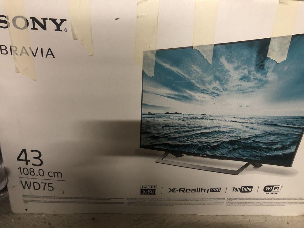 a saisir Télévision SONY - Bravia - 108 cm - écran plat  200 La Rochelle (17)