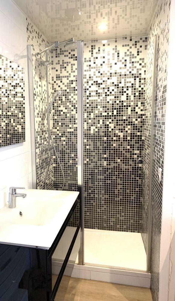 Salle de bain moderne 800 Nantes (44)