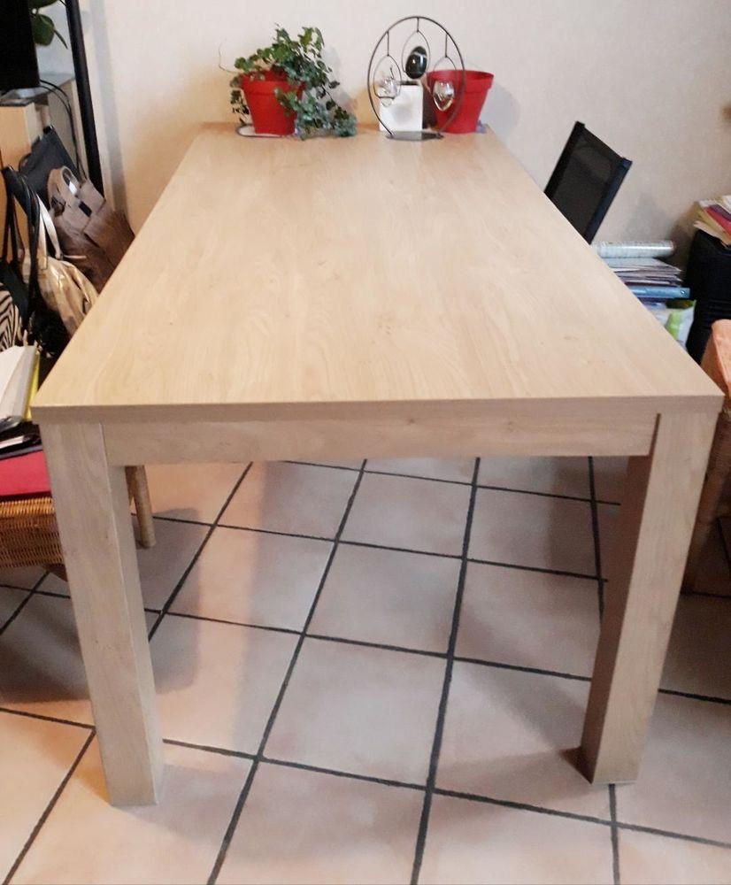 salle à manger buffet et table 300 Flines-lez-Raches (59)