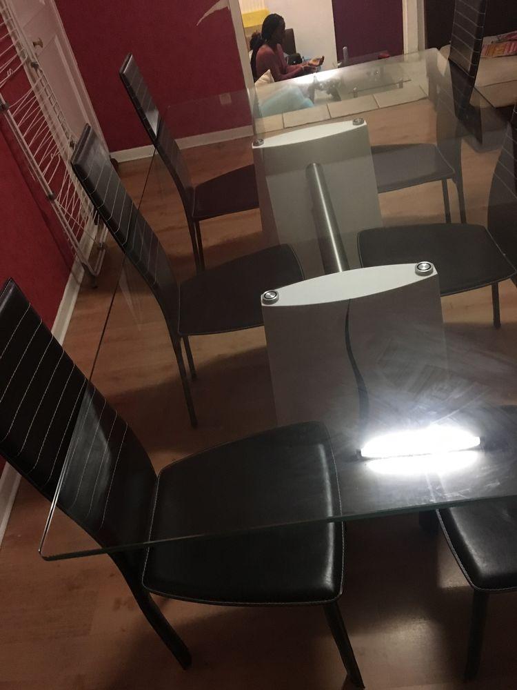 Salle à manger de chez immobilier de france 500 Chambéry (73)