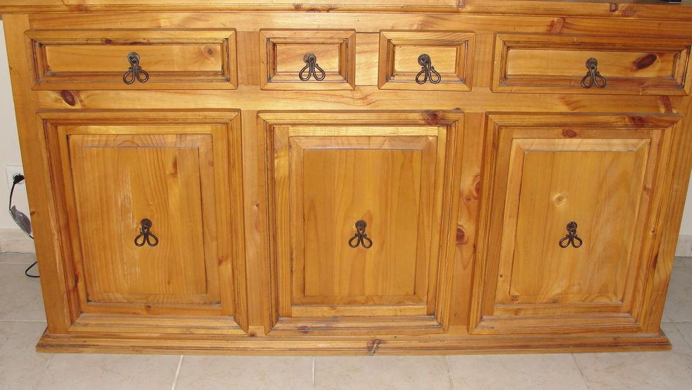 meubles en pin occasion m con 71 annonces achat et vente de meubles en pin paruvendu. Black Bedroom Furniture Sets. Home Design Ideas