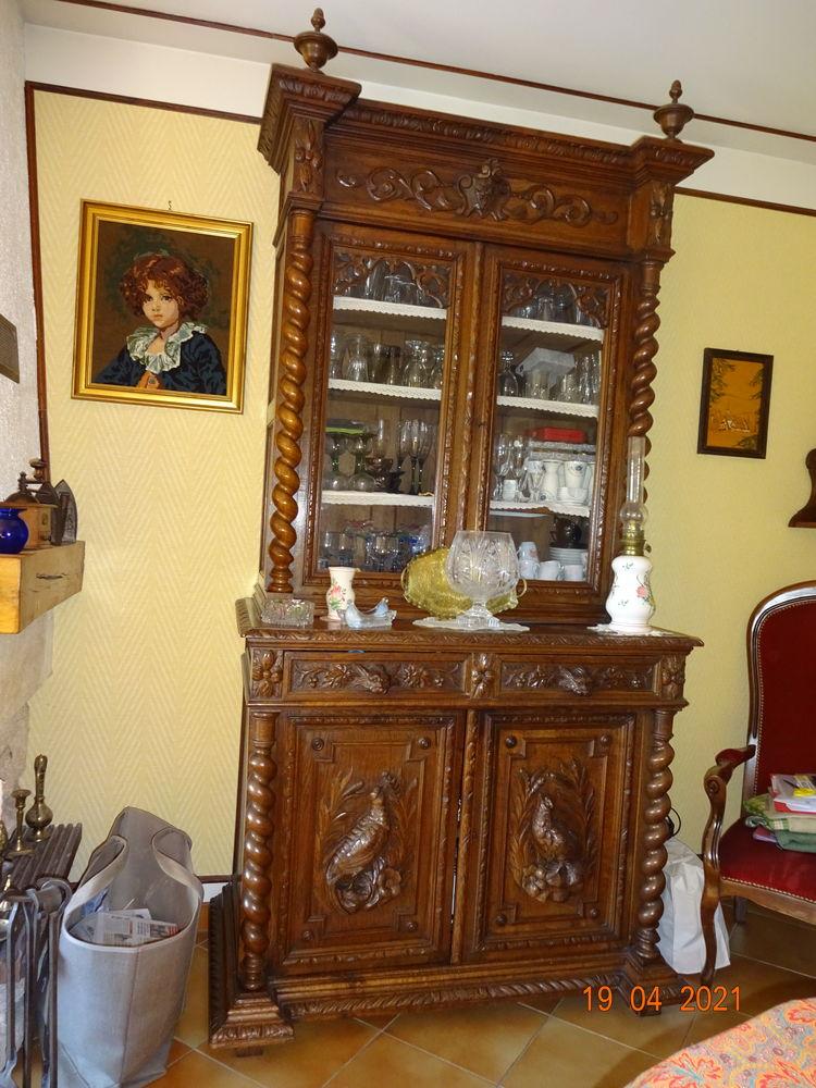 salle à manger complète haute renaissance style Louis XIII   800 Chevilly (45)