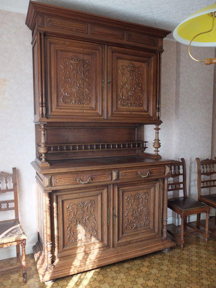 Table henri ii table henri ii en noyer table de salle for Meuble salle a manger henri 2