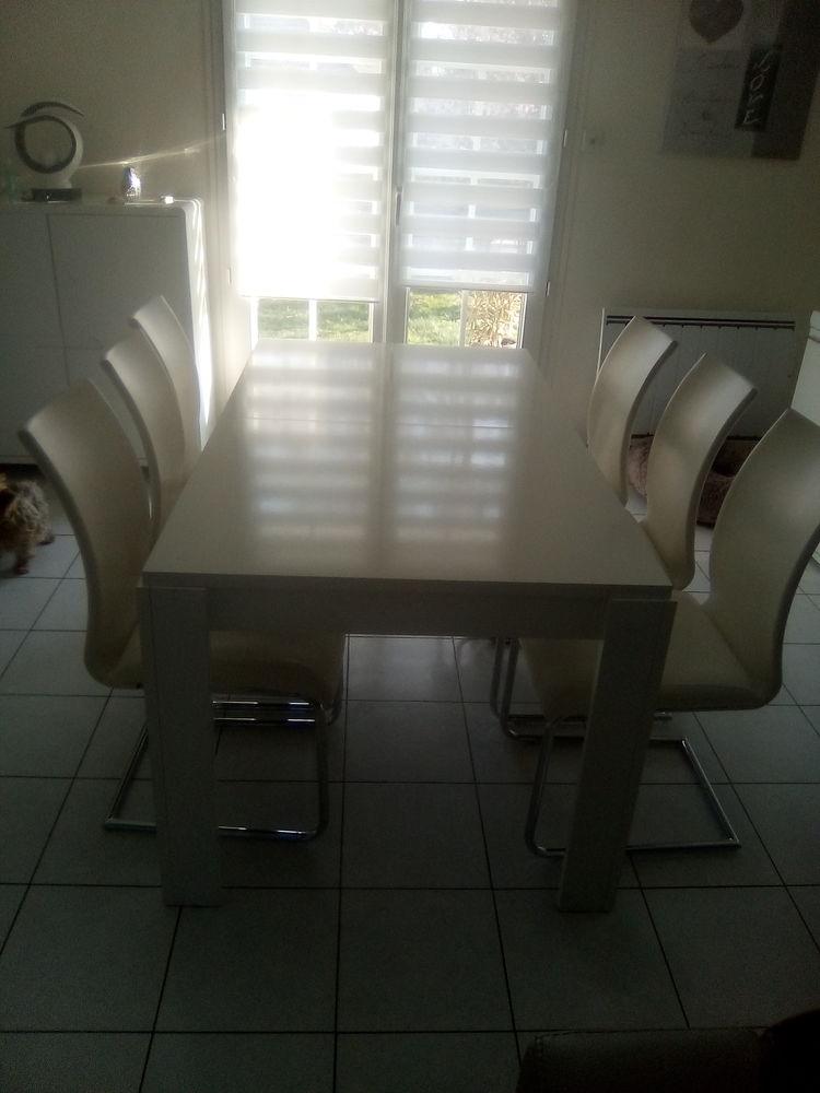 salle à manger laquée blanc 0 Chanteau (45)