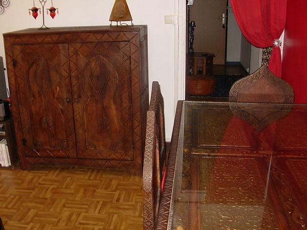 tables c dre occasion annonces achat et vente de tables c dre paruvendu mondebarras. Black Bedroom Furniture Sets. Home Design Ideas