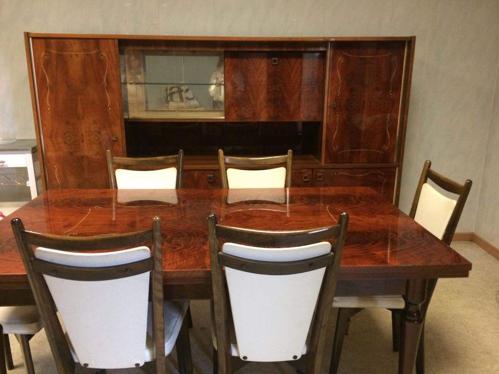 Salle à manger Noyer Massif verni ( Buffet - table - chaises ) 1000 Paris 11 (75)