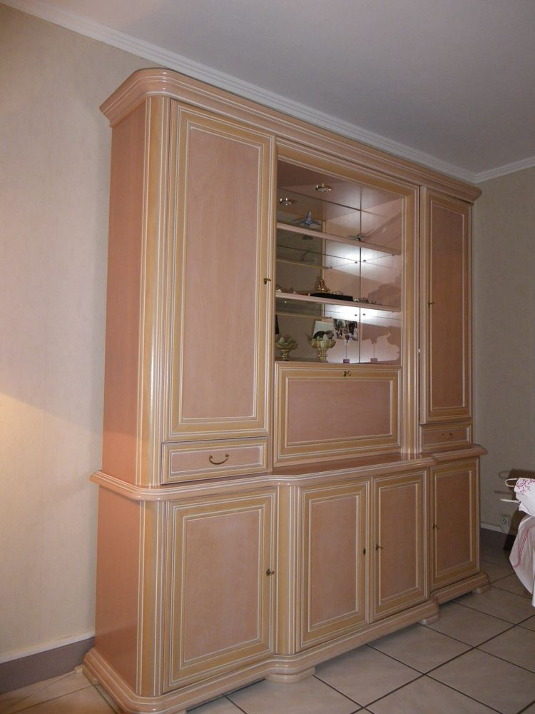 salle à manger rose clair bois massif 0 Dugny (93)