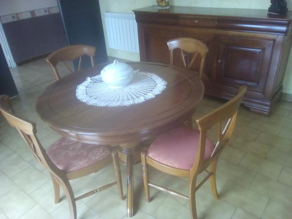 Salle à manger salon divers meubles d'appoint 0 Vœuil-et-Giget (16)