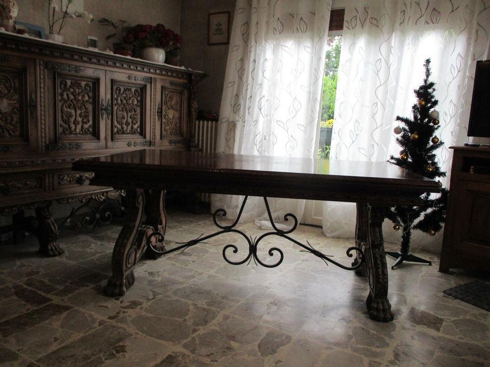 Salle à manger style Renaissance Espagnole  250 Villemoisson-sur-Orge (91)