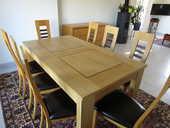 Salle à manger: Table + 8 chaises 2400 Lorient (56)