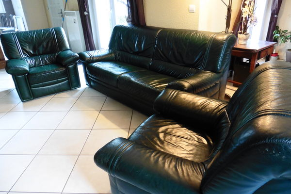 tables basse occasion saint tienne 42 annonces achat et vente de tables basse paruvendu. Black Bedroom Furniture Sets. Home Design Ideas