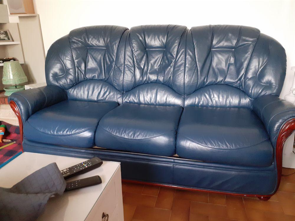 salon canapé et fauteuils 650 Saint-Marcel-sur-Aude (11)