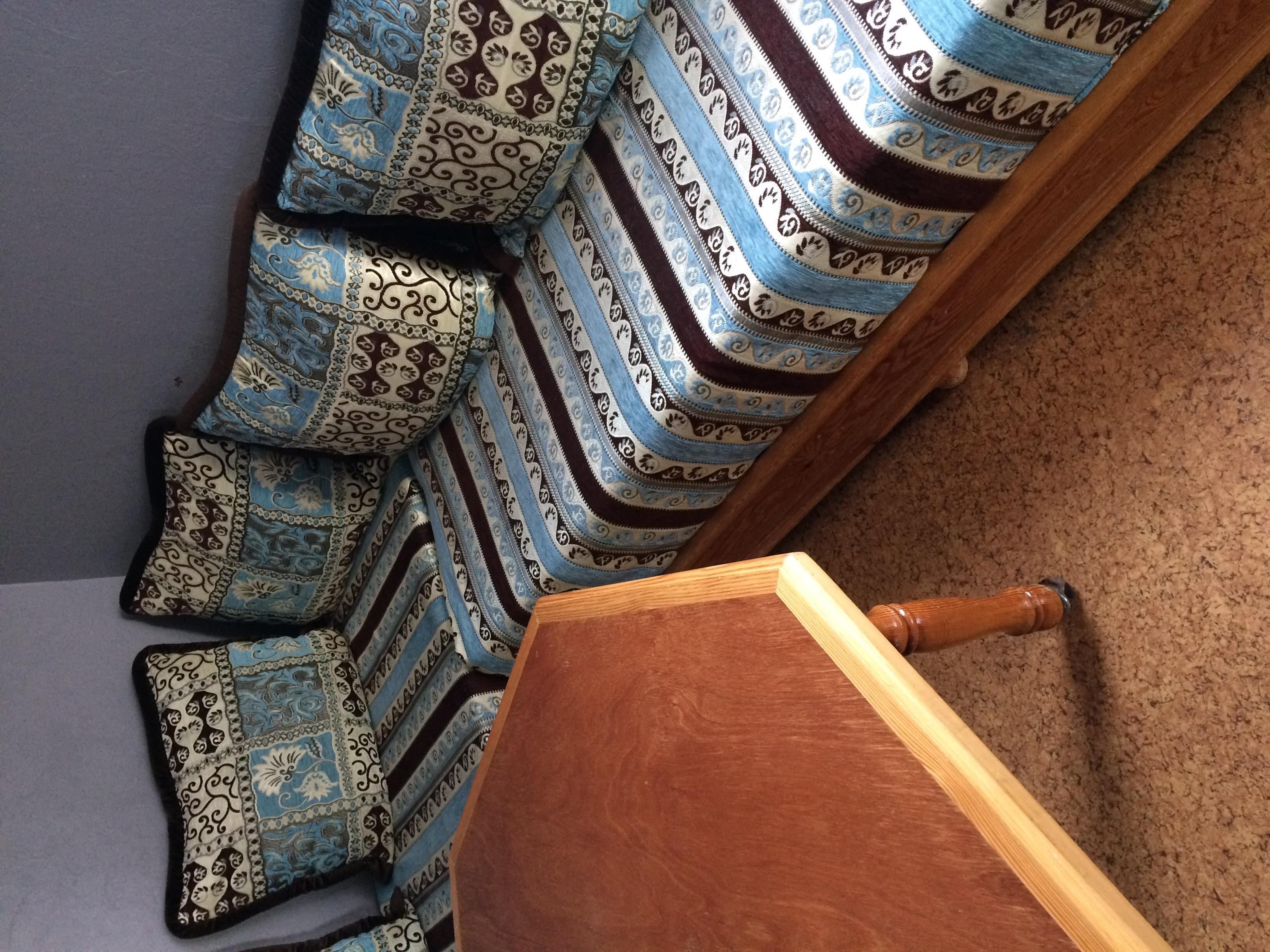 salon canapé marocain à débattre Meubles