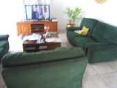Salon  couleur vert foret  en ALCANTARA 350 La Réunion (97)