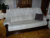 Salon cuir blanc et bois. 300 Martigues (13)