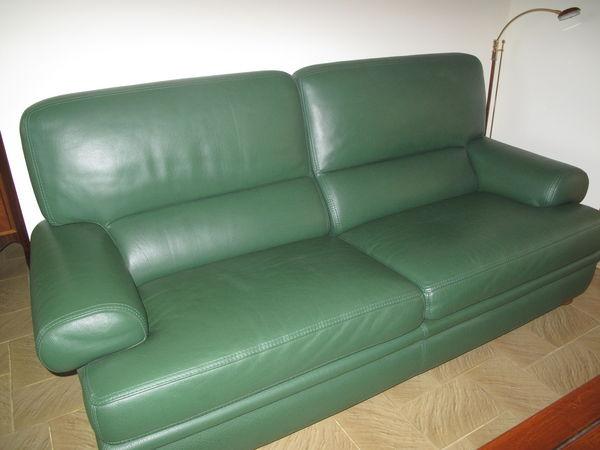 canap s verts occasion dans l 39 aude 11 annonces achat et vente de canap s verts paruvendu. Black Bedroom Furniture Sets. Home Design Ideas