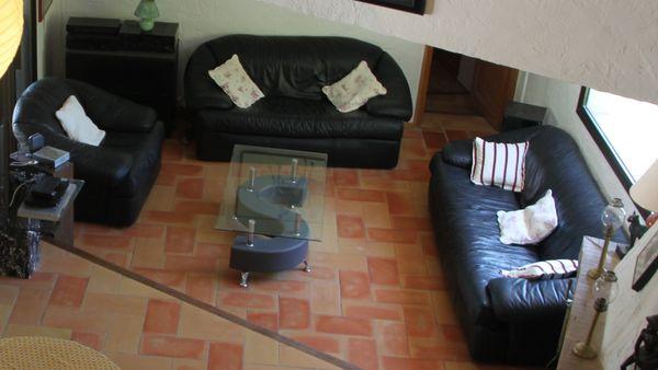 1 lot Salon cuir noir complet  avec table  basse 250 Les Adrets-de-l'Estérel (83)