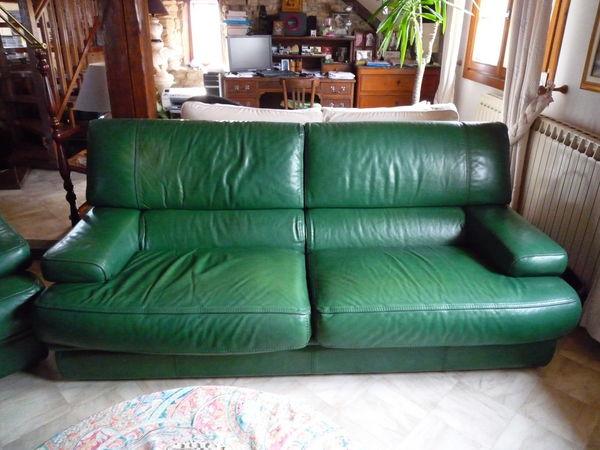 canap s verts occasion en moselle 57 annonces achat et. Black Bedroom Furniture Sets. Home Design Ideas