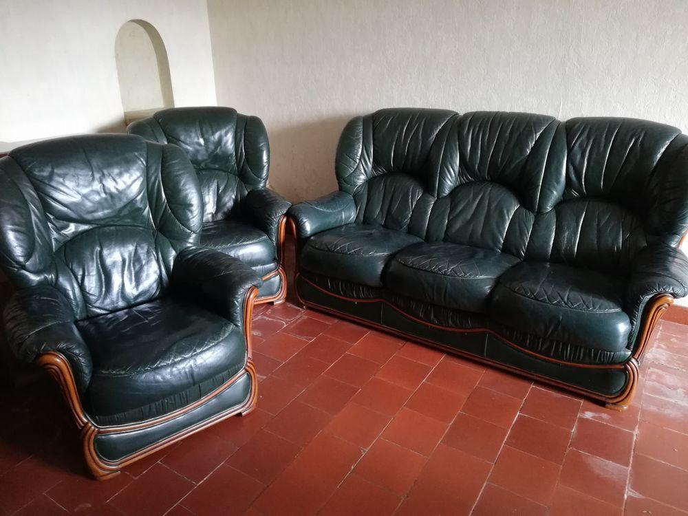 Salon cuir  200 La Tessoualle (49)
