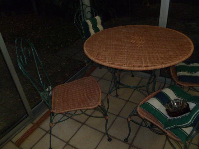 Achetez salon jardin fer occasion, annonce vente à Rueil-Malmaison ...